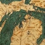 Bellow the Boat, mapas batimétricos hechos arte